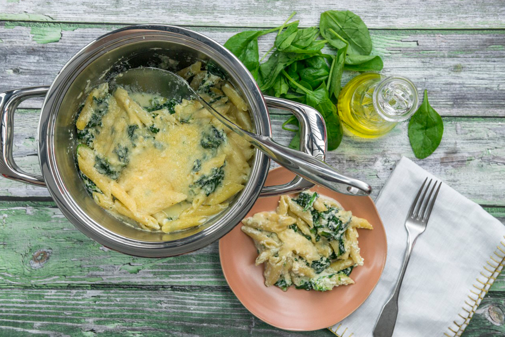 Pasta bake with spinach