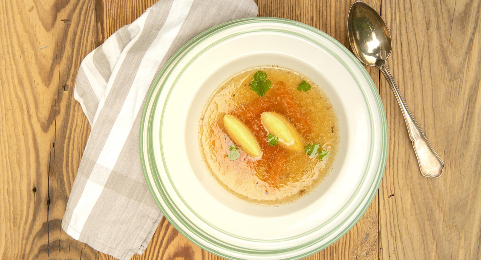 Carinthian beef soup with semolina dumplings