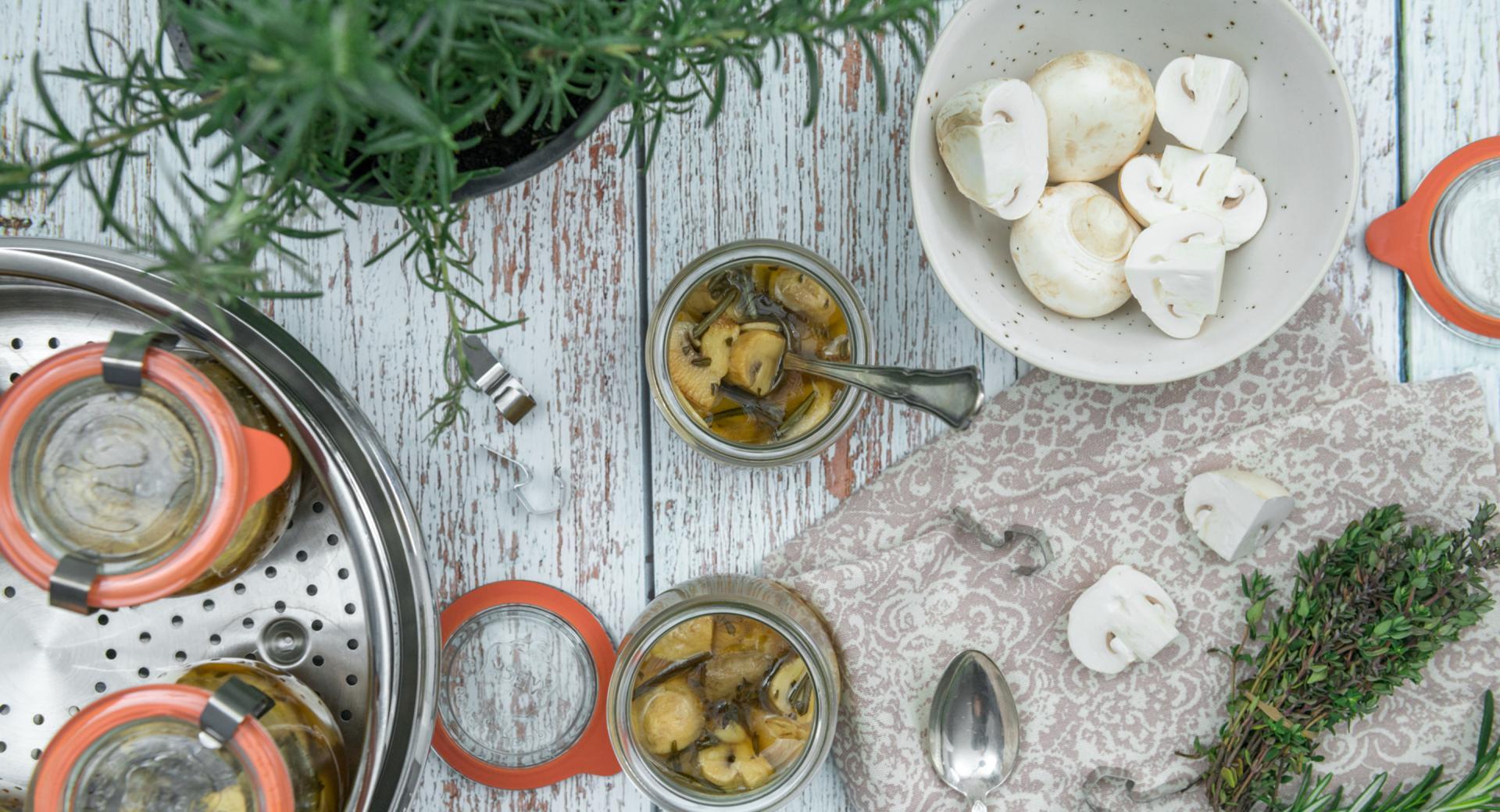 Champignons in Sherry-Marinade
