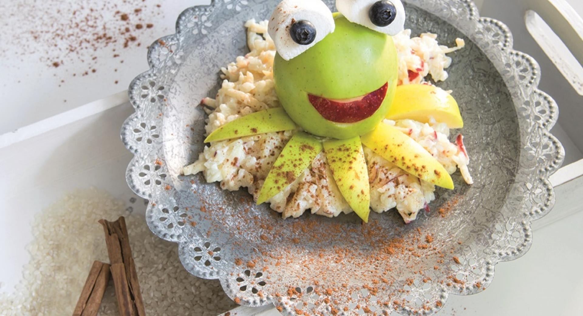 Rice pudding with apples