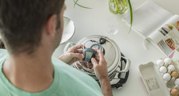 """Self-controlled cooking with """"Audiotherm"""" and """"Navigenio"""""""