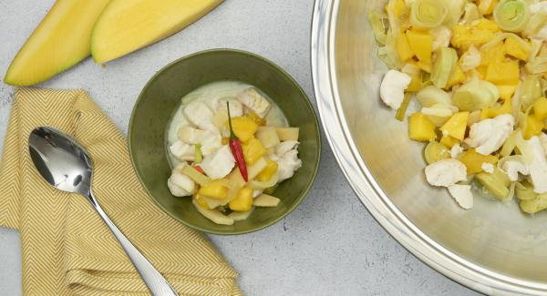 Finely dice the pickled ginger, carefully stir in with the remaining mango cubes. Season with salt and pepper.