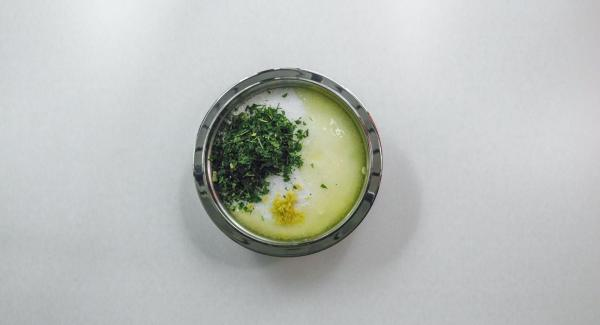 Mix everything with sea salt and egg white.