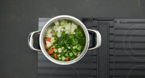 As soon as the Audiotherm beeps on reaching the vegetable window, set hob at low level and cook until done.