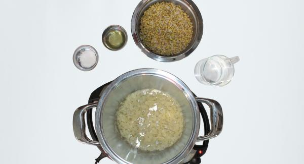 Drain the lentils and rice from water and add to onions with water, oil and salt.