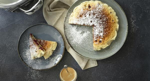 Clafoutis (cake with cherries)