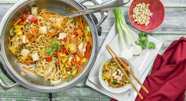Asian vegetables with tofu